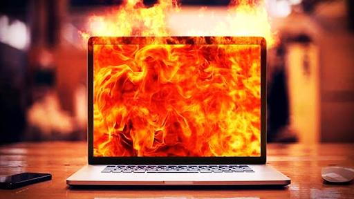 Tính năng cảnh báo nhiệt độ an toàn cho máy tính